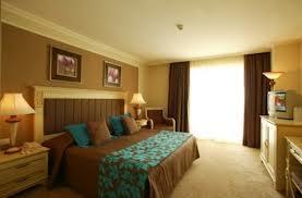 Decorar en color mostaza paperblog - Se puede dormir despues de pintar una habitacion ...