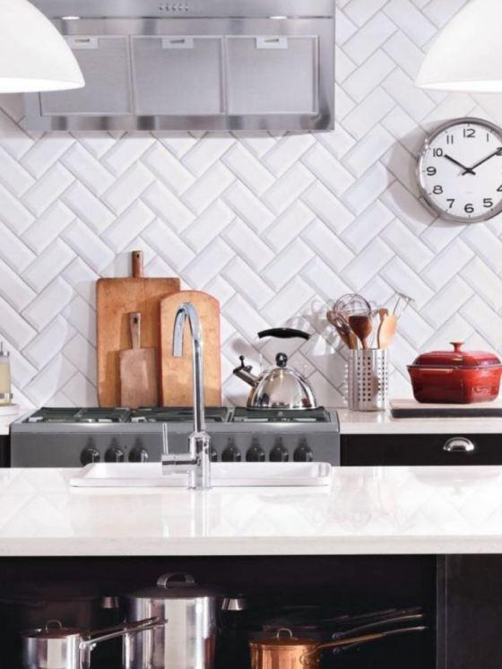 Azulejos biselados en la cocina paperblog for Azulejos cocina blanco brillo