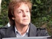Paul McCartney comunica Lennon