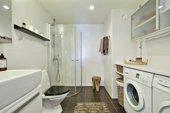 lavander a y cuarto de ba o en el centro de la casa