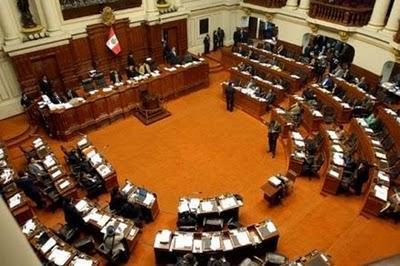 55% de Jóvenes Peruanos Desalentados por Educación y Corrupción - Julio 2010