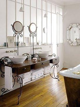 Una casa parisina ba o vintage paperblog for Banos vintage industrial