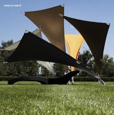 Parasoles tumbonas paperblog for Parasoles arquitectura