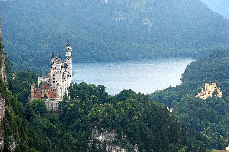 - descubre-6-castillos-increibles-del-mundo-L-JsJABp