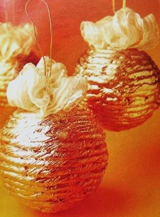 C mo hacer originales bolas de navidad paperblog - Como decorar bolas de navidad ...