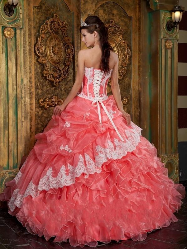 9533a45a6 Vestidos De 15 Años Color Coral Fotos Paperblog
