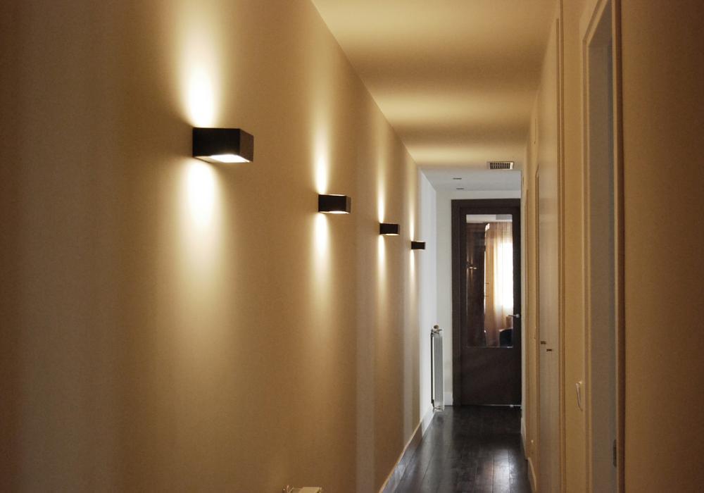 C mo iluminar el pasillo paperblog - Focos pasillo ...