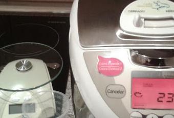 Cocinando Con Lady Gourmet Y Cuidando Nuestra Piel Con Celltone En Directo  A Casa.   Paperblog