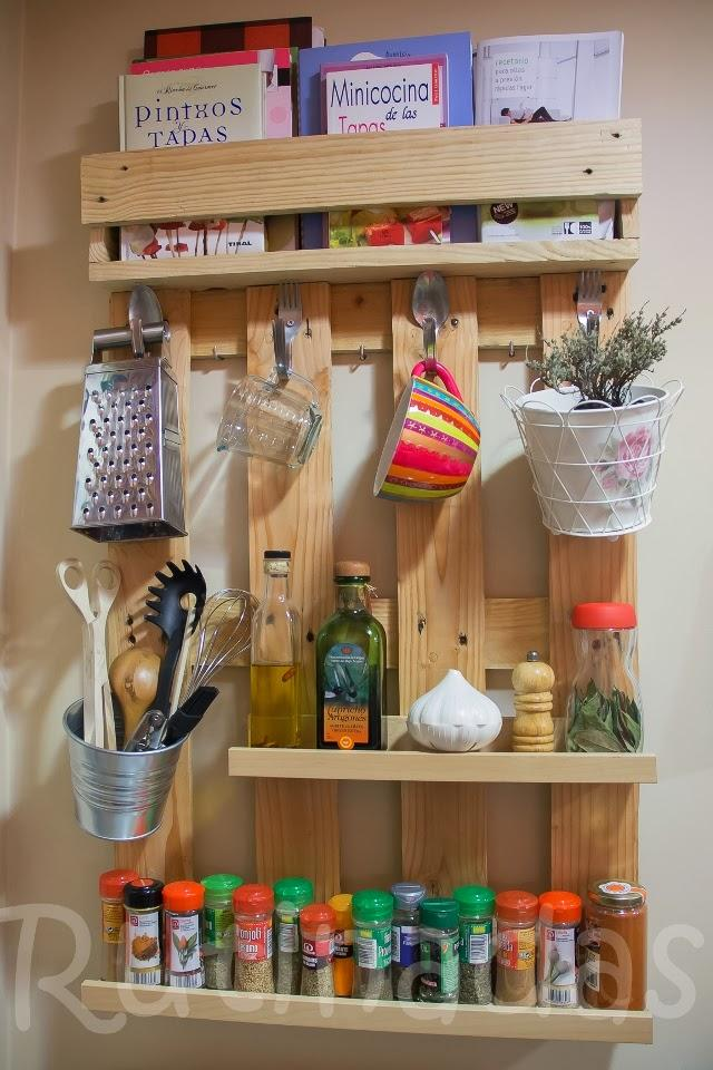 Diy estante para especias hecho con palets paperblog - Estanteria para especias ikea ...