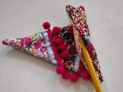 Arbol de navidad con telas paperblog - Arboles de navidad de tela ...