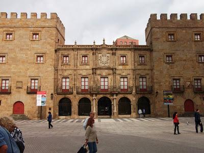 GIJÓN, CAPITAL DE LA COSTA VERDE