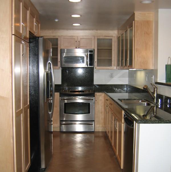 Cocinas galeras para espacios reducidos paperblog for Ideas de cocinas para espacios pequenos