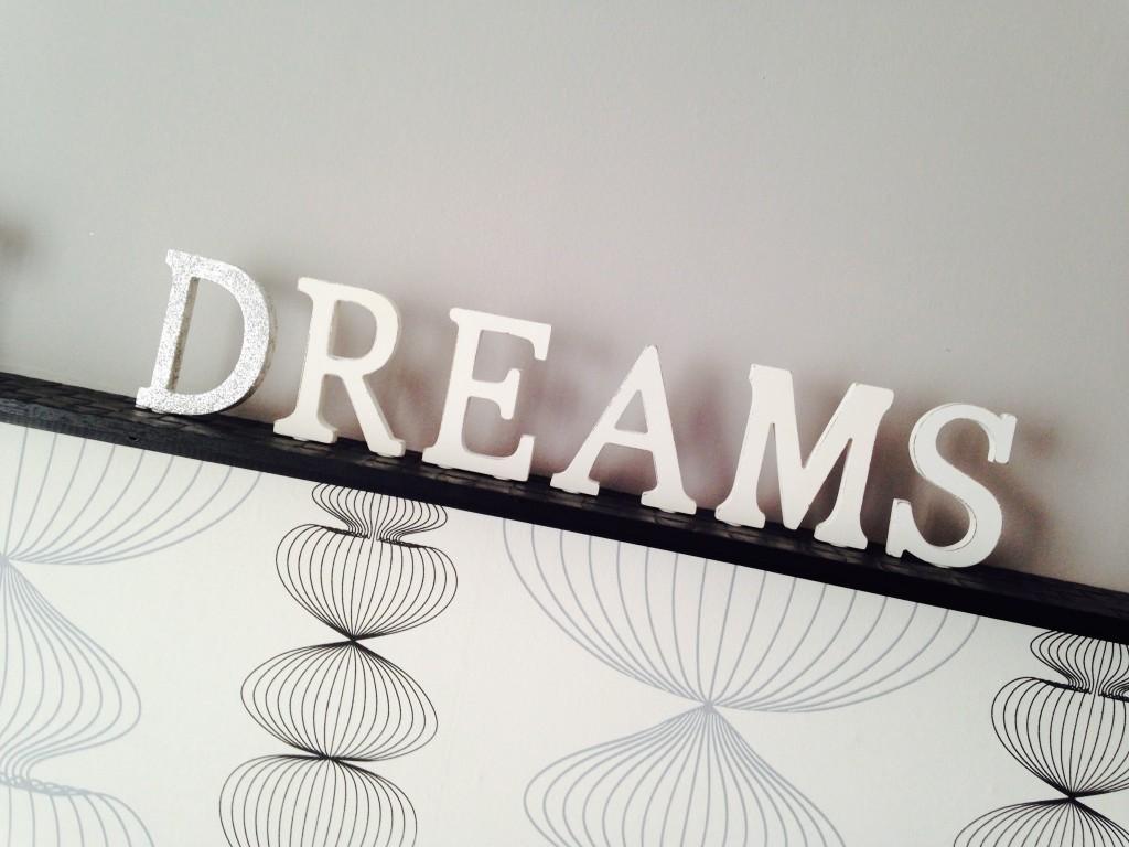 Diy como decorar letras de madera tu mismo con muy pocos - Letras de nombres para decorar ...