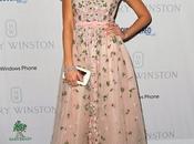 Jessica Alba impecable Valentino...