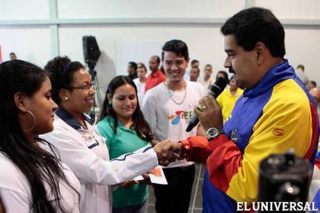 Maduro ordena detener a dos