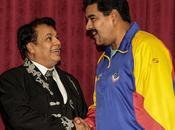 "Juan Gabriel canta ""Cumple"" Maduro"
