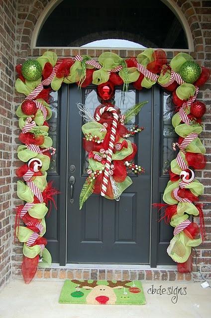 Decoraci n de puertas por navidad paperblog for Puertas decoradas santa claus