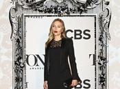 look: Scarlett Johansson