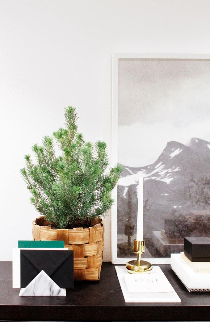 La navidad sutil 8 ideas de decoraci n navide a minimalista paperblog - Decoracion navidena minimalista ...
