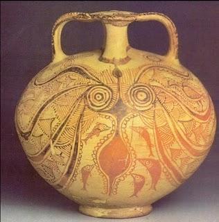 Meduzine lovke na glineni posodi simbolizirajo magičen globinski orgazem.