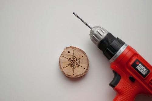 Diyadornos de navidad con madera grabada Paperblog