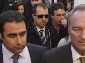 Trabajadores RTVV abuchean Fabra piden dimisión.