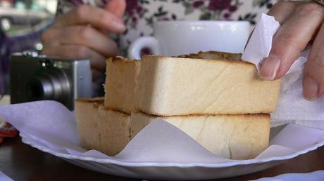 Pequeno almoco portugues 50 cafés da manhã pelo mundo