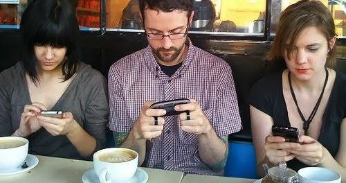 Image result for desventajas de usar celulares