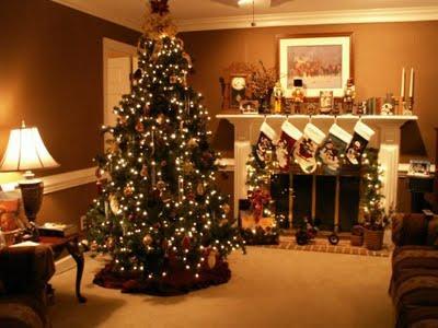 Salas con chimeneas decoradas para navidad paperblog - Chimeneas decoradas ...
