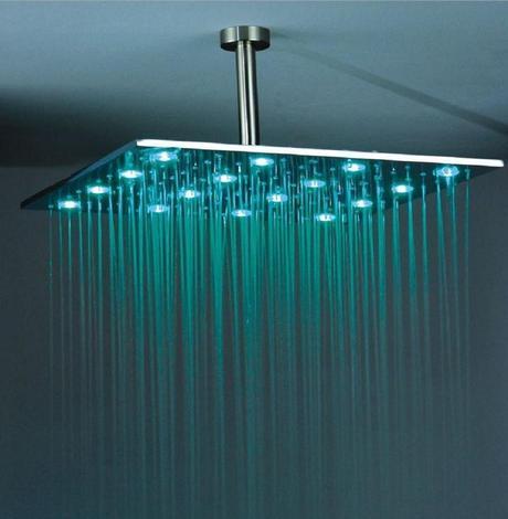 Duchas modernas con tecnologia led paperblog for Led para ducha