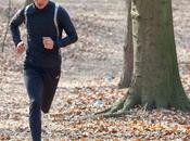 deportista exigente cuida recuperación tras ejercicio Powerade ION4