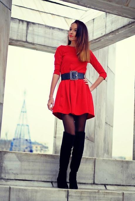 Tendencia Botas Leggins Y Vestido Rojo - Paperblog