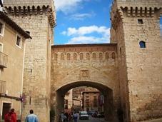 Daroca fortificada, entre Historia leyendas