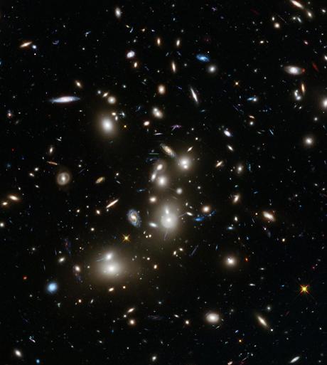 Pandora: un cúmulo de galaxias visto por el Hubble