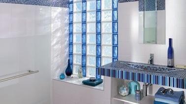 bloques de vidrio para tener un ba o iluminado paperblog. Black Bedroom Furniture Sets. Home Design Ideas
