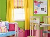 Lindas coloridas habitaciones bebé