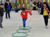 Niños participan encuentros deportivos verano
