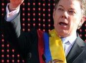 Santos pacta Chávez.
