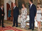 Reyes Príncipes Asturias despiden verano balear 2010. look Dña. Letizia