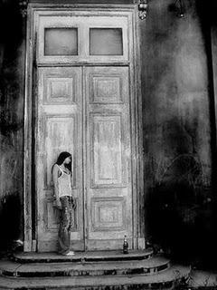 Una puerta se cierra paperblog for Puerta que se cierra sola