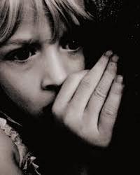 niña con miedo