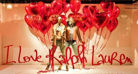 Decoración de escaparates para San Valentín - Globos corazón