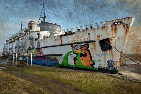 Duke of Lancaster, un barco fantasma cargado de graffitis