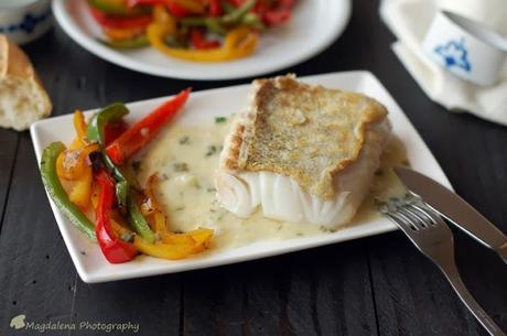 Lomos de bacalao con salsa marinera paperblog for Hacer salsa marinera