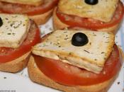 Tostadas tomate tofu