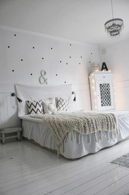 Bohemian chic un dormitorio con estilo y mas lunares de for Vinilos armarios dormitorio