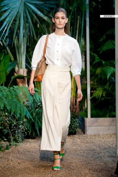 trend report barbara crespo oxford shirt trends fashion blogger outfits celebrities designers collections