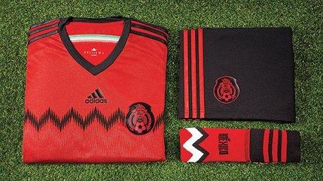 m_uniforme_rojo_mexico_576x324