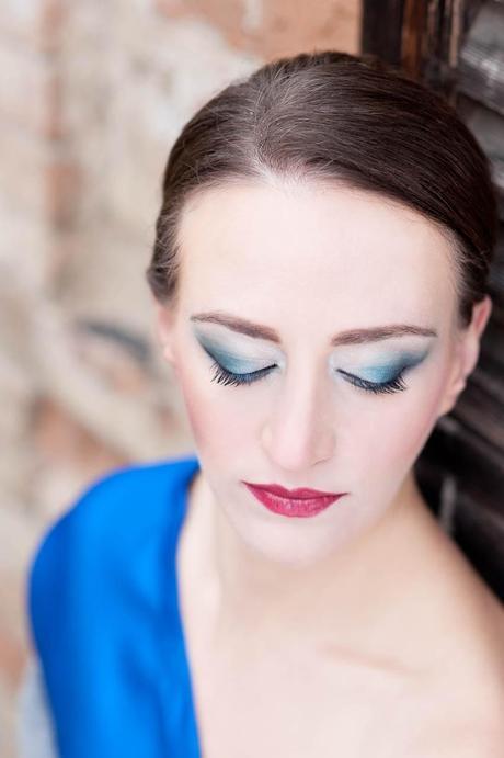 Fotos De Maquillaje Para Vestido Azul Rey Paperblog