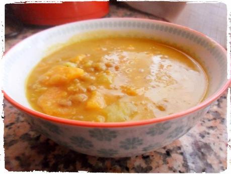 Lentejas Con Lentejas Con Curry y Leche de